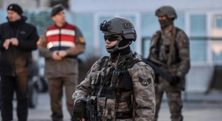 Τουρκία: Εντολή για τη σύλληψη 82 μελών του στρατιωτικού προσωπικού