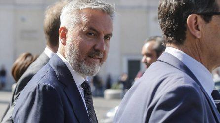 Στην Άγκυρα θα μεταβεί ο Ιταλός υπ. Αμυνας για συνομιλίες με Ακάρ