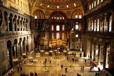 Μουφτής Κομοτηνής: Όπως φαίνεται και από το όνομα Αγιά Σοφιά, είναι ένας χριστιανικός ναός
