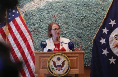 Στην Ελλάδα ο Πρέσβης των ΗΠΑ απάντησε στις προκλήσεις της Τουρκίας, στην Κύπρο η Πρέσβειρα;