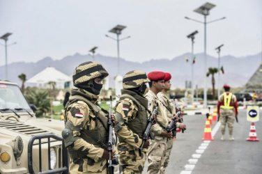 Ασκήσεις του Αιγυπτιακού στρατού στα σύνορα με την Λιβύη