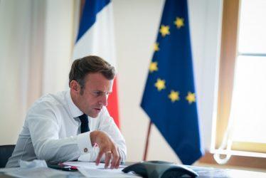 Έτοιμος να βοηθήσει για την επίτευξη πολιτικής λύσης στο Ναγκόρνο Καραμπάχ δηλώνει ο Μακρόν