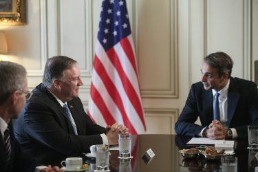 Τη βάση της Σούδας επισκέπτονται ο Πρωθυπουργός και ο Μάικ Πομπέο