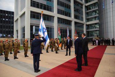 Εγκρίθηκε η συμφωνία Ελλάδας – Ισραήλ για την προμήθεια αμυντικού εξοπλισμού