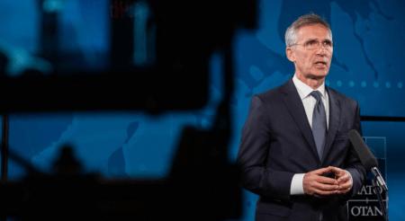 Στόλτενμπεργκ: Το ΝΑΤΟ έδρασε ώστε η πανδημία να μην μετατραπεί σε κρίση ασφαλείας