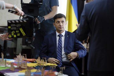 Ουκρανία: Νοσηλεύεται με κορονοϊό ο Πρόεδρος Ζελένσκι
