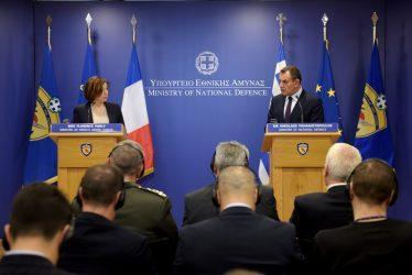 Επικοινωνία των υπουργών άμυνας Ελλάδας – Γαλλίας