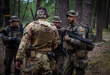 NATO: Δεν έχουμε αναπτύξει δυνάμεις στα σύνορα με την Λευκορωσία