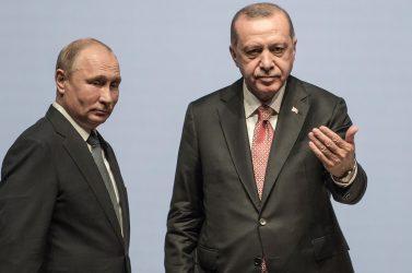 Η Ρωσία πιστή στην πολιτική της όπως και πριν 200 χρόνια – «Όχι» από τον Βλαντιμίρ Πούτιν στην παρέλαση της 25ης Μαρτίου