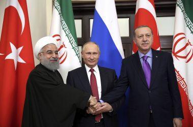 Τουρκία, Ρωσία και Ιράν  επιβεβαίωσαν τη δέσμευσή τους για ανεξαρτησία της Συρίας – Καταδίκη των ΗΠΑ για την συνεργασία με YPG