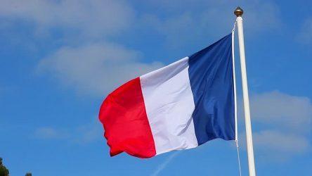 Το Παρίσι χαιρετίζει τη συμφωνία εξομάλυνσης των σχέσεων ανάμεσα στο Ισραήλ και τα Ηνωμένα Αραβικά Εμιράτα