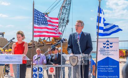 Τζέφρι Πάιατ: Οι ΗΠΑ είναι η μόνη χώρα μέχρι σήμερα που προσφέρει κατασκευή φρεγατών στην Ελλάδα