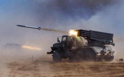 Ναγκόρνο Καραμπάχ: 30 πύραυλοι έπληξαν τη Στεπανακέρτ τη νύχτα