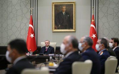 Ο Τούρκος Πρόεδρος εμβολιάζεται με τον Κινέζικο εμβόλιο