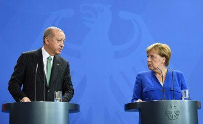 Tηλεδιάσκεψη με την Άγκελα Μέρκελ είχε ο Τούρκος Πρόεδρος