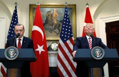 Η Πρεσβεία των ΗΠΑ στην Άγκυρα εναντίον της Πρεσβείας των ΗΠΑ στην Αθήνα