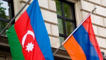 Αρμενία και Αζερμπαϊτζάν έκαναν δεκτή την πρόταση Πούτιν – Μεταβαίνουν στην Μόσχα για συνομιλίες