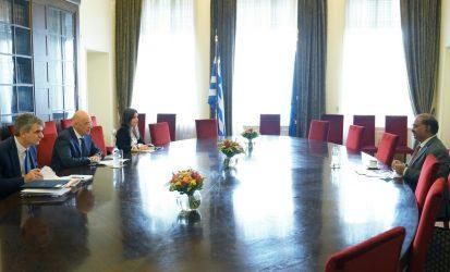 Συνάντηση του Υπουργού Εξωτερικών με τo νέο πρέσβη της Ινδίας