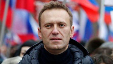 Ο Ναβάλνι επιστρέφει την Κυριακή στην Μόσχα καλεί τους υποστηρικτές του