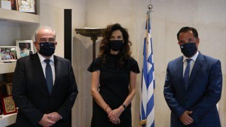 Συνάντηση του Υπουργού Ανάπτυξης με την Πρέσβειρα της Ιταλίας