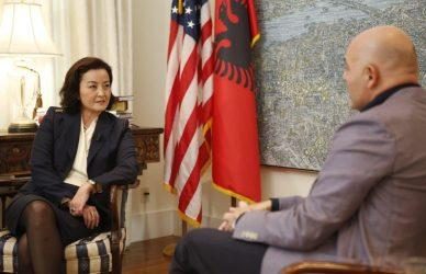 Πρέσβειρα των ΗΠΑ στην Αλβανία: «Η ατιμωρησία πλησιάζει στο τέλος της»