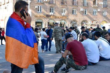 «Σέρβοι της Πρίστινα» οι Αρμένιοι στα εδάφη που θα παραχωρηθούν στο Αζερμπαϊτζάν» – Δύναμη 2000 Ρώσων για την προστασία τους