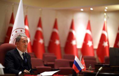 Ακάρ: Η Τουρκία είναι έτοιμη να συζητήσει την τεχνική συμβατότητα των S-400 και F-35