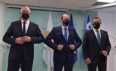 Παναγιωτόπουλος από την Τριμερή: Κοινά προγράμματα ανταλλαγής στρατιωτικών πληροφοριών, ναυτικής ασφάλειας και κυβερνοασφάλειας