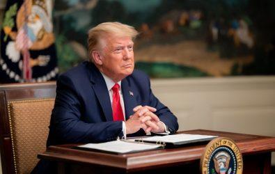 Ο Τραμπ καλεί τους Αμερικανούς «να προσευχηθούν» για την επιτυχία της επόμενης κυβέρνησης