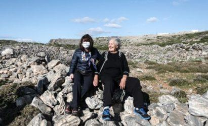 President Sakellaropoulou pays visit to sole inhabitant at remote island of Kinaros