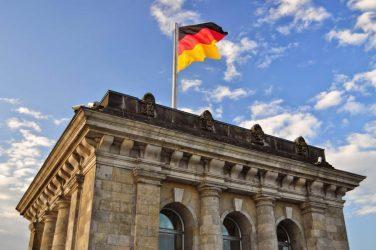 Το Βερολίνο εκφράζει τη «μεγάλη ανησυχία» του για τις τουρκικές ανακοινώσεις σχετικά με τα Βαρώσια