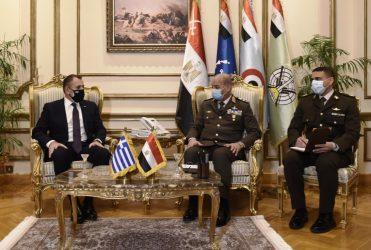 Στην Αίγυπτο ο Υπουργός Άμυνας Νίκος Παναγιωτόπουλος