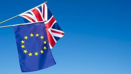 Η βρετανική οικονομία συρρικνώθηκε τον Νοέμβριο
