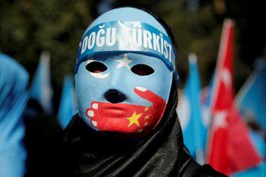 Κυρώσεις σε Κινέζους αξιωματούχους από Βρετανία – ΗΠΑ για τους Ουιγούρους