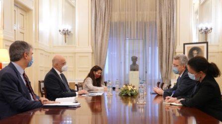 Ο Τζέφρι Πάιατ ενημέρωσε τον Υπουργό Εξωτερικών για τις κυρώσεις στην Τουρκία
