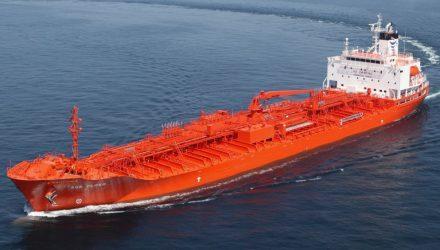 «Εξωτερικής προέλευσης» έκρηξη σημειώθηκε σε πετρελαιοφόρο στο λιμάνι της Τζέντα