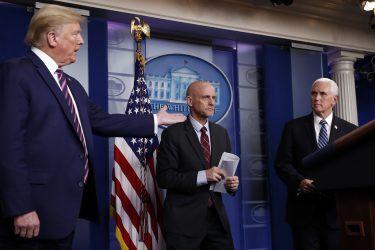 Συνάντηση Τραμπ – Πενς στον Λευκό Οίκο, η πρώτη από την Τετάρτη