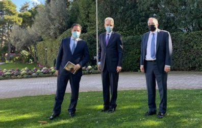 Οι Eλληνοαμερικανικές σχέσεις θέμα συζήτησης του Υπουργού Ανάπτυξης με τον γερουσιαστή Λου Ραπτάκη και Τζέφρι Πάιατ