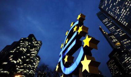 100 οικονομολόγοι κάνουν έκκληση να διαγραφούν τα δημόσια χρέη που διακρατά η ΕΚΤ