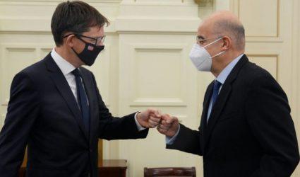 Συνάντηση Νίκου Δένδια με τον πρέσβη της Νορβηγίας
