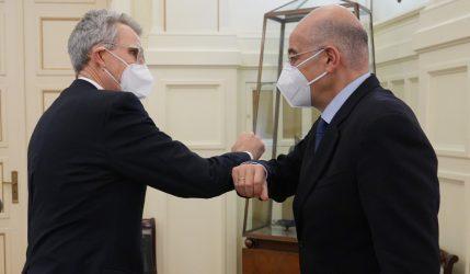 Συνάντηση του Υπουργού Εξωτερικών με τον Τζέφρι Πάιατ