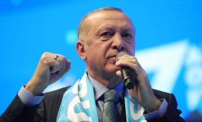 Ερντογάν: Η επιστολή των απόστρατων ναυάρχων υπονοεί ένα «πολιτικό πραξικόπημα»