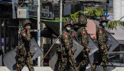 Μιανμάρ: Οι ΗΠΑ απομακρύνουν όλο το μη απολύτως απαραίτητο διπλωματικό προσωπικό τους