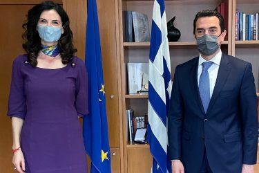 Συνάντηση Κώστα Σκρέκα με την Ιταλίδα Πρέσβειρα