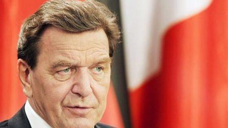 Πρώην Καγκελάριος και νυν συνεργάτης των Ρώσων ζητά από τους Ευρωπαίους να απομακρυνθούν από την πολιτική των ΗΠΑ