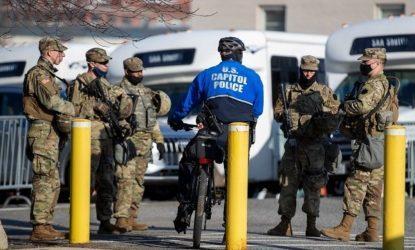 ΗΠΑ: Ενισχυμένα τα μέτρα ασφαλείας στο Καπιτώλιο, αίτημα να μείνει για άλλους δύο μήνες η Εθνοφρουρά στην Ουάσινγκτον