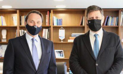 Η Πρεσβεία της Ρωσίας στην Αθήνα ενοχλήθηκε από την συνάντηση Βαρβιτσιώτη με τον Ουκρανό Πρέσβη