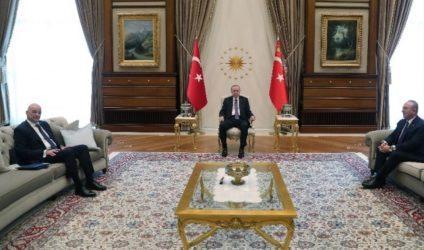 Ολοκληρώθηκε η συνάντηση Νίκου Δένδια με τον Τούρκο Πρόεδρο