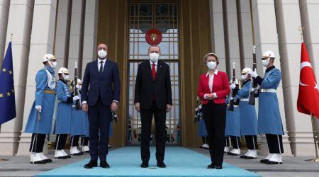 Πηγή Ε.Ε: Σαρλ Μισέλ και Φον Ντερ Λάιεν εξήγησαν στον Ερντογάν την ισορροπημένη πρόταση της ΕΕ