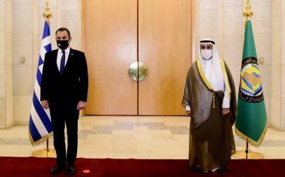 Υπουργός Άμυνας: Στο σύγχρονο γεωστρατηγικό πλαίσιο η αμοιβαία επωφελής αμυντική συνεργασία Ελλάδας και Σαουδικής Αραβίας